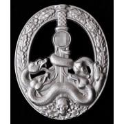 Anti-partisan badge in silver