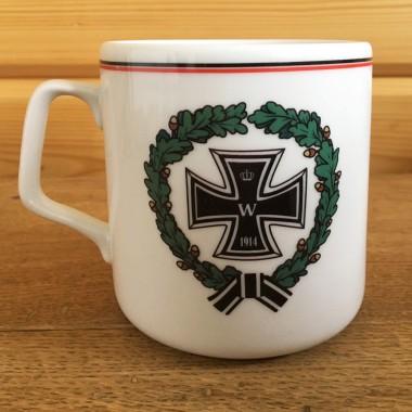 Gott Mit Uns mug with the cross in wreath 330 ml