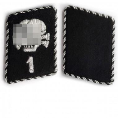 SS-TV 1 collar tabs Death's Head