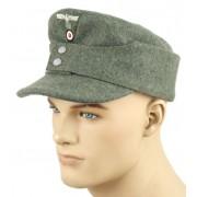 Cap 1943 feldgrau with insignia