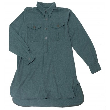 Green shirt with pockets