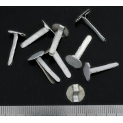 Cotter pin for leather of a German helmet liner